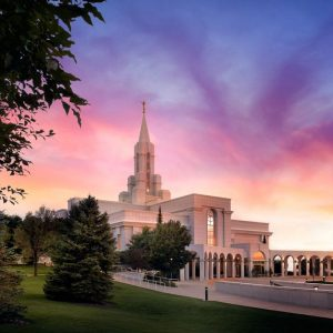 bountiful-temple-evening-light