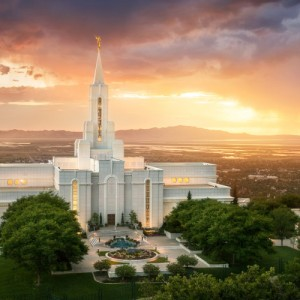 bountiful-temple-sunset-over-the-valley-pano