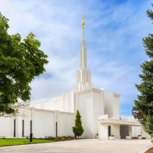 denver-temple-blue-summer-skies