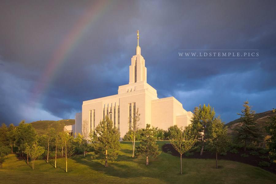 Draper Temple Rainbow Print