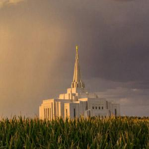 gilbert-temple-storm-overhead