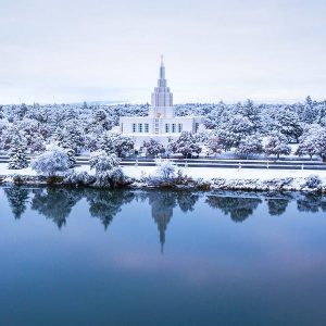 idaho-falls-temple-snowy-wonder