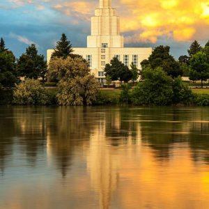 idaho-falls-temple-sunset-reflections