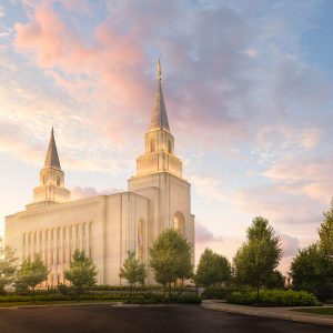 kansas-city-temple-brightly-beams