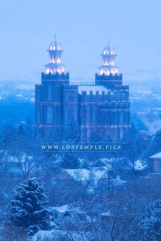 Logan Temple Winter Evening Lds Temple Pictures