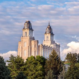 manti-temple-in-the-clouds