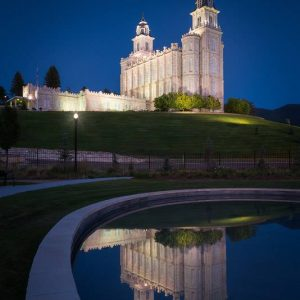 manti-temple-reflections
