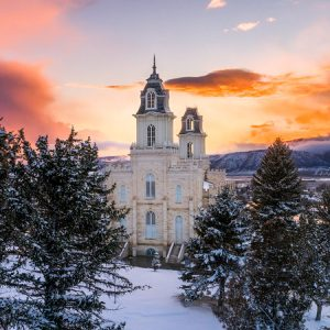 manti-temple-snow-covered-valley