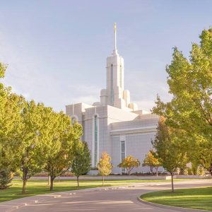 mount-timpanogos-temple-spring-day