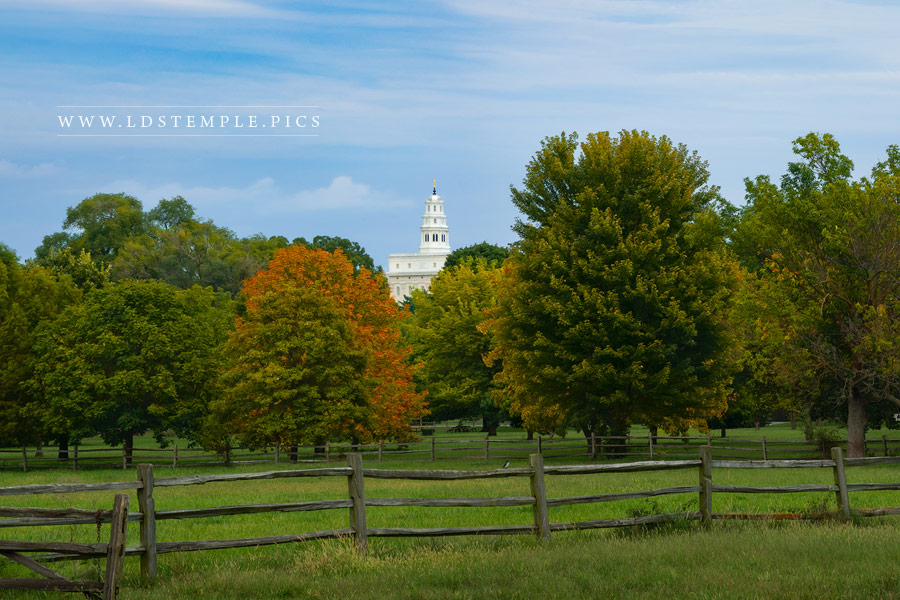 Nauvoo Temple – Looking Back