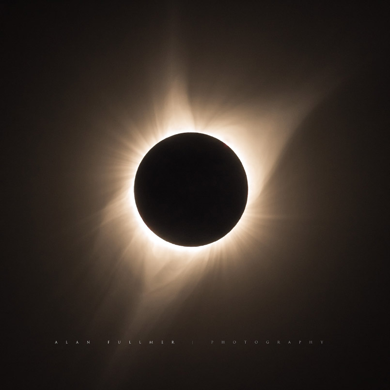 The Corona of the Sun Seen During the Total Eclipse