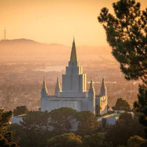 oakland-temple-golden-light-pano