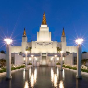 oakland-temple-reflecting-pool