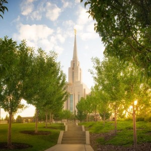 oquirrh-mountain-temple-golden-glow