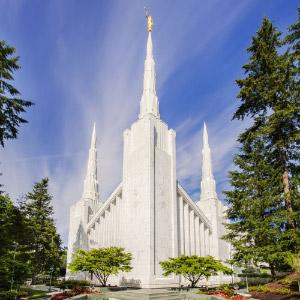portland-oregon-temple-morning-vertical