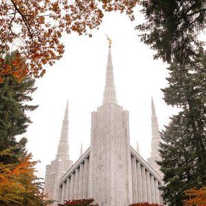 portland-temple-colors-of-autumn