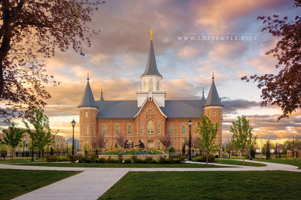 Provo City Center Temple Majestic Morning Print