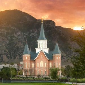provo-city-center-temple-sunrise-east-vertical-close