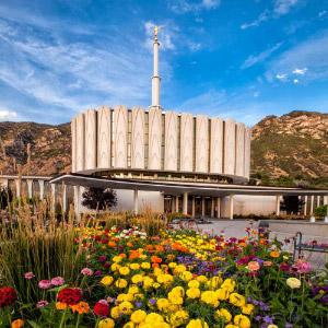 provo-temple-summer-flowers