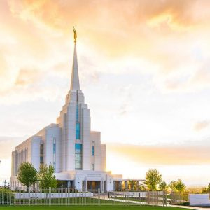 rexburg-temple-everlasting-light