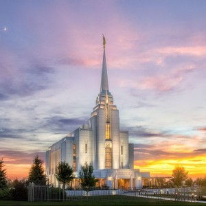 rexburg-temple-summer-sunset