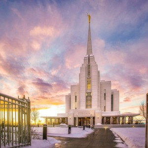 rexburg-temple-winter-gates