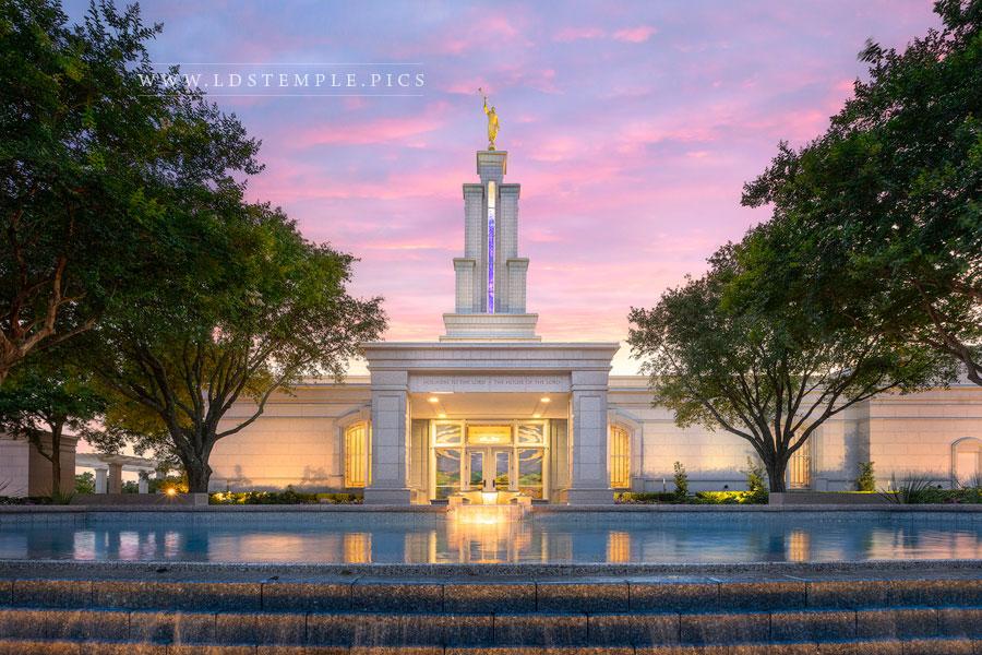 San Antonio Temple – Fountain Sunset