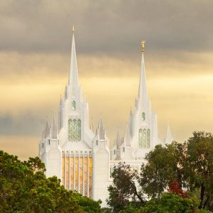 san-diego-temple-golden-light