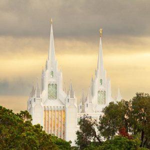 san-diego-temple-golden-light