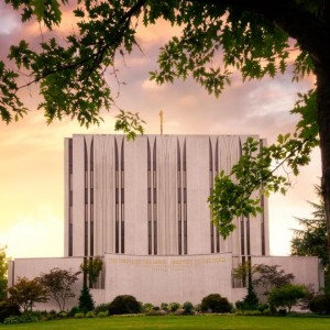 seattle-temple-east-side-sunset