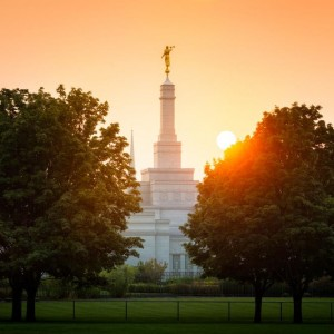 spokane-temple-and-setting-sun