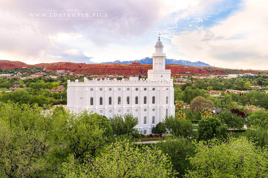 St George Temple Red Cliffs Print